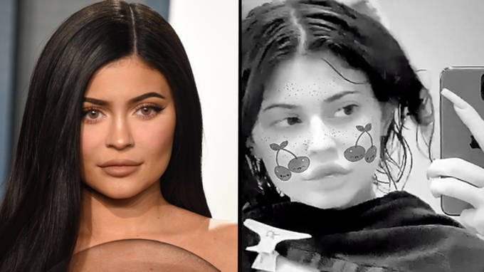 """Kylie Jenner debuts dramatic short haircut after stylist """"cut off all her hair"""""""