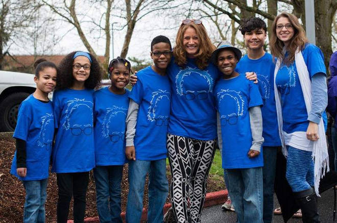 Jennifer and Sarah Hart, with their six killed adopted children.