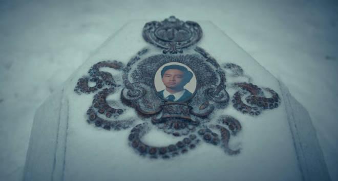 Ben's funeral is shown in The Umbrella Academy season 2