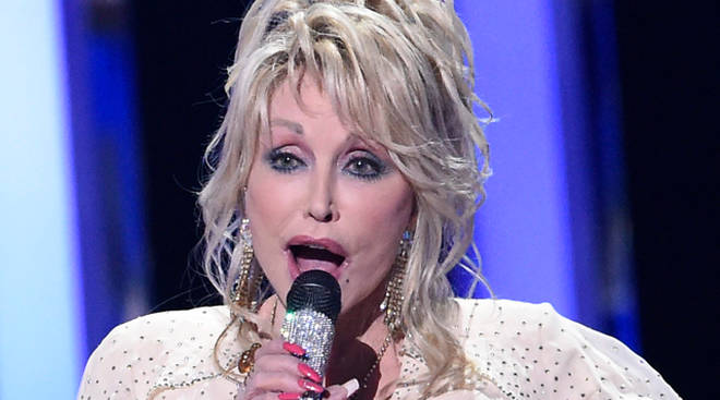Dolly Parton's COVID-19 Research Fund helped develop Moderna's COVID-19 vaccine