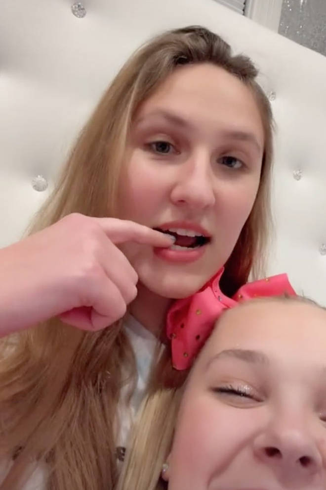 JoJo Siwa and Kylie on TikTok