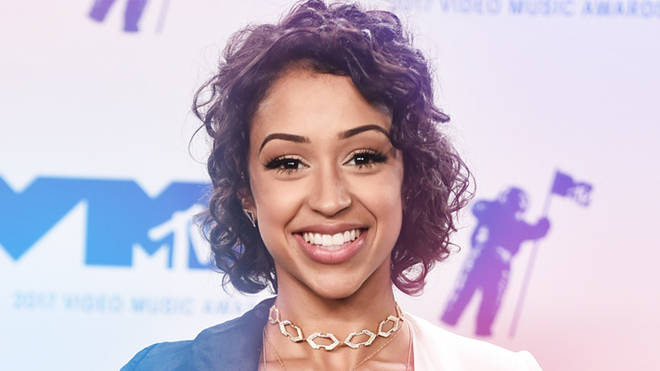 Liza koshy is getting her own show and you 39 re gonna be hyped we the unicorns - Liza koshy the giving key ...