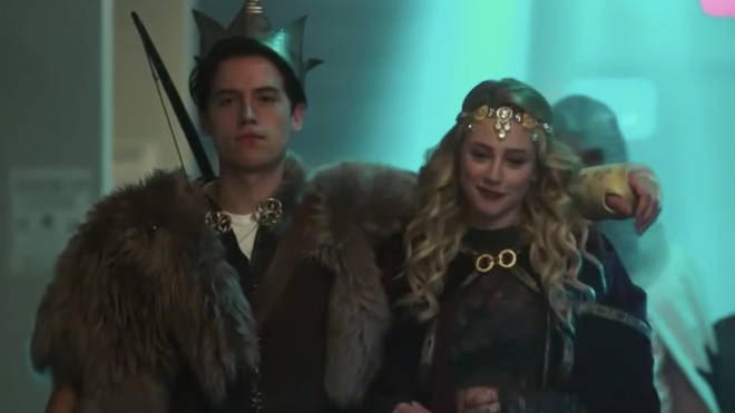 Cole Sprouse and Lili Reinhart as young FP and Alice