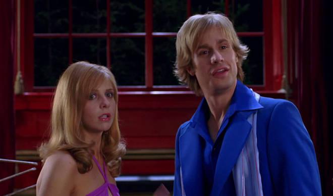 Sarah Michelle Gellar and Freddie Prinze Jr. in Scooby-Doo 2: Monsters Unleashed