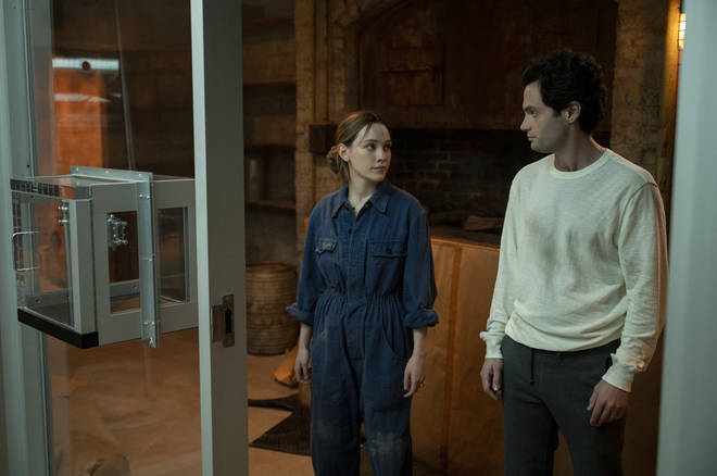 You season 3: Joe's glass box makes a comeback