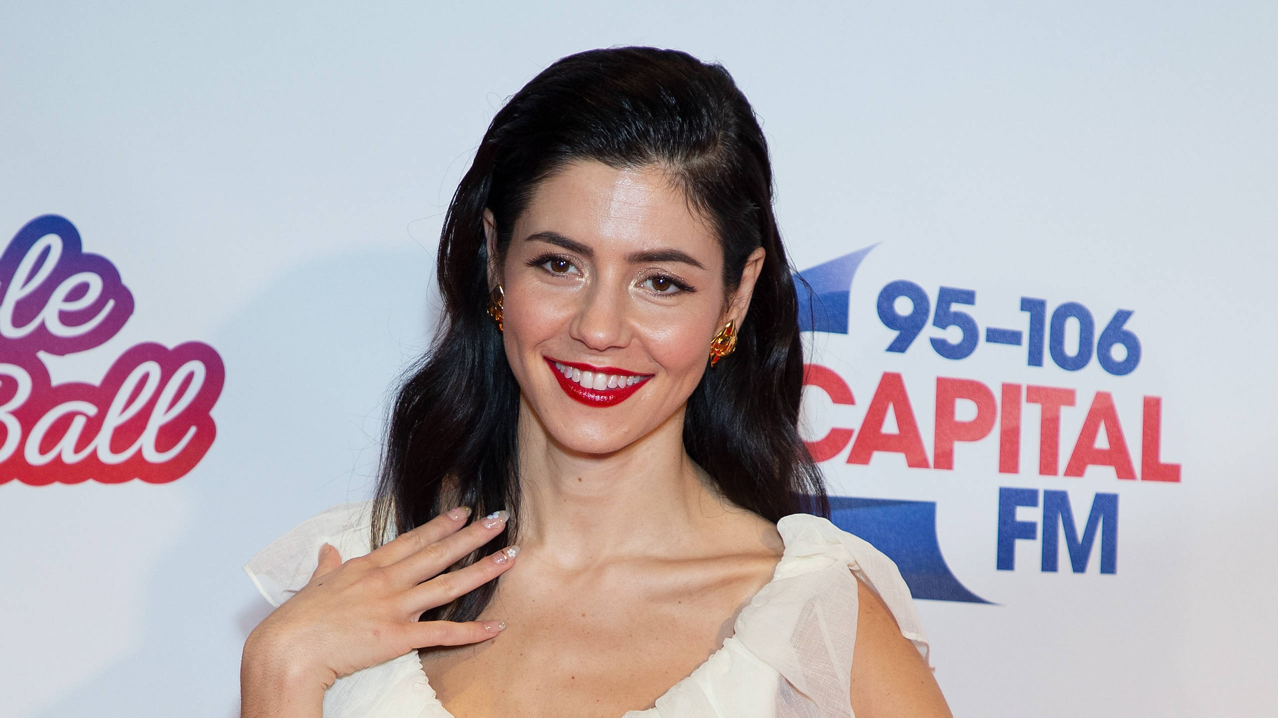 896ca94f5c72e7 Marina And The Diamonds Is Taking More Time Off From Music For A Very Good  Reason - PopBuzz