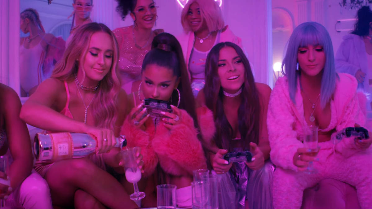 180068b7d Who are Ariana Grande's '7 Rings' friends? A guide to her BFFs in the music  video - PopBuzz