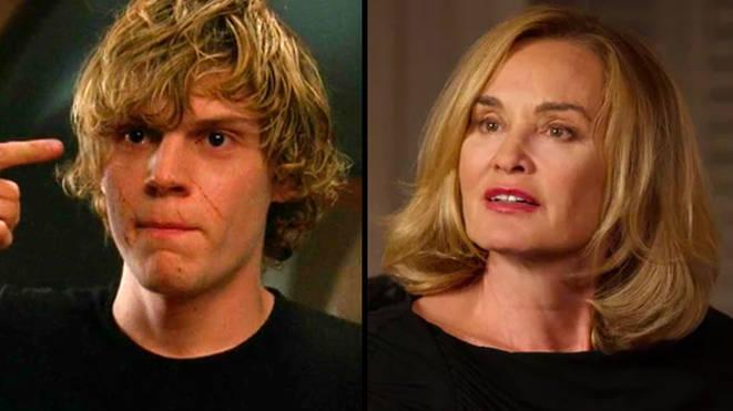 American horror story actors dating costars. complemento de un conjunto yahoo dating.