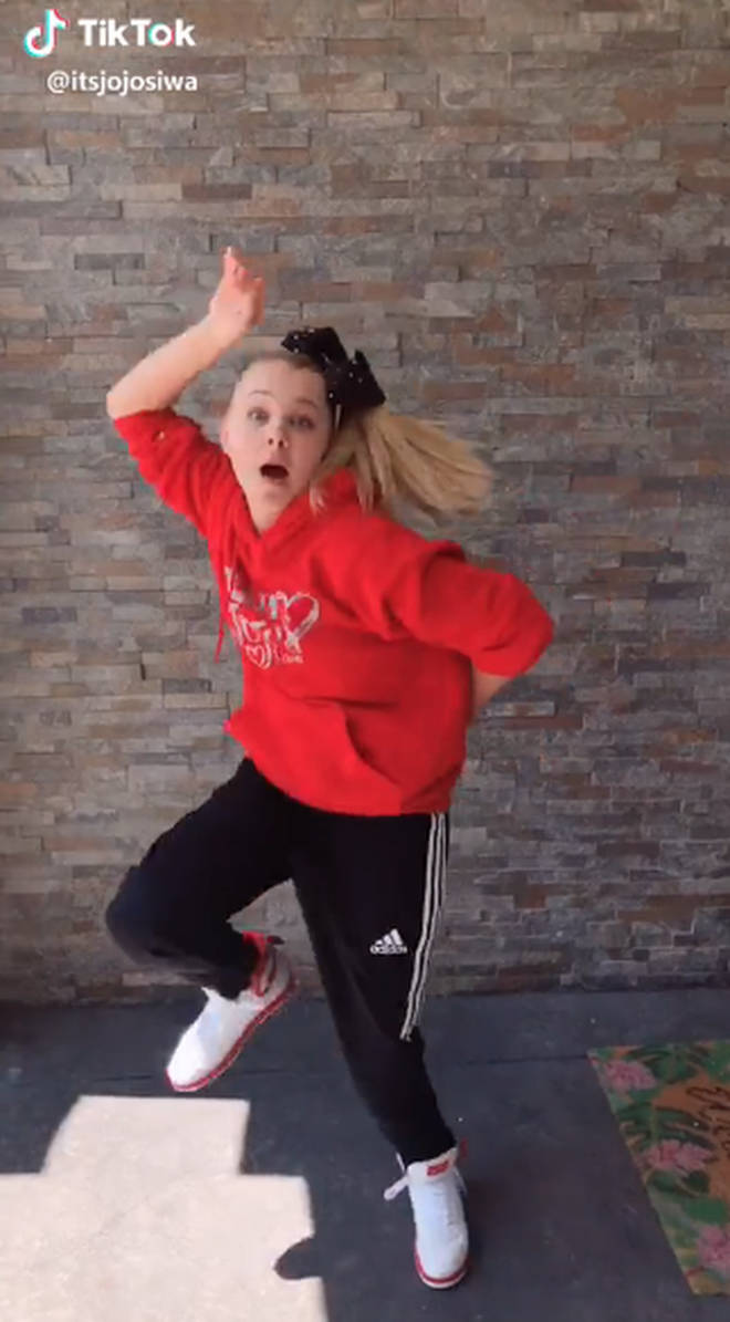 JoJo Siwa on TikTok