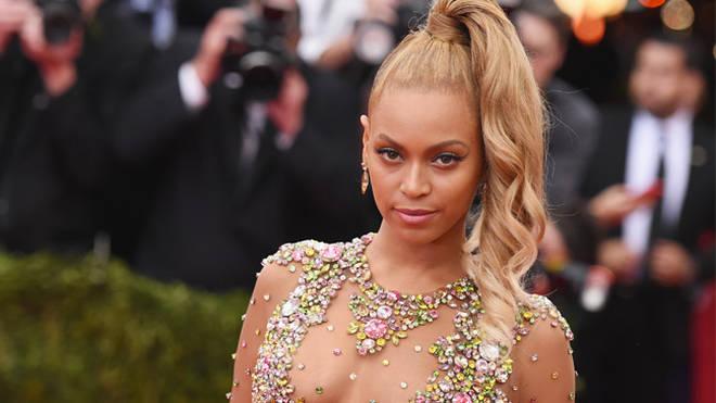 Beyoncé - Met Ball 2015