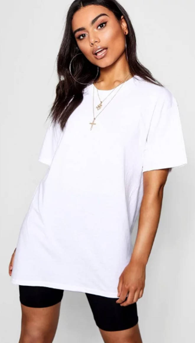 Basic Oversized Boyfriend T-shirt.