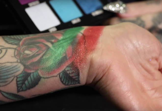 Shane and Jeffree add the unnamed green to the Mini Controversy palette